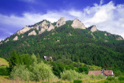 Hike to The Trzy Korony Mountain Peak & Dunajec River Gorge  rafting- tour from Krakow